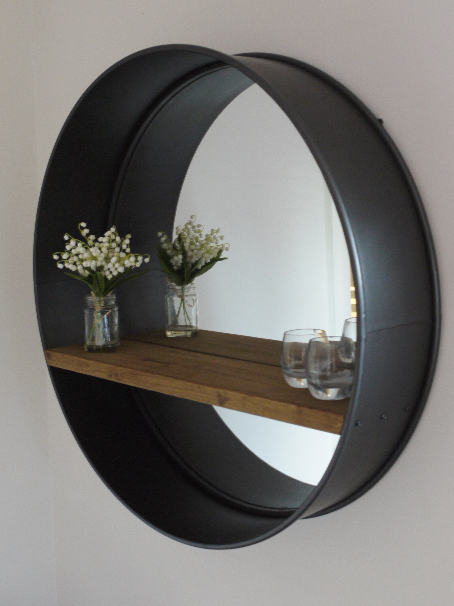 Retro industrial vintage style large round wall mirror for Mirror that look